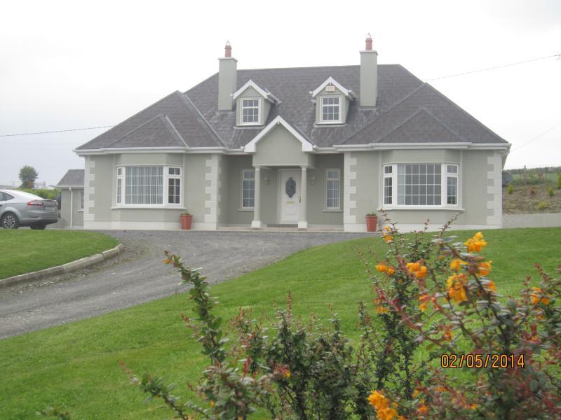 Wicklow Head Lighthouse | Book a Stay | Irish Landmark Trust