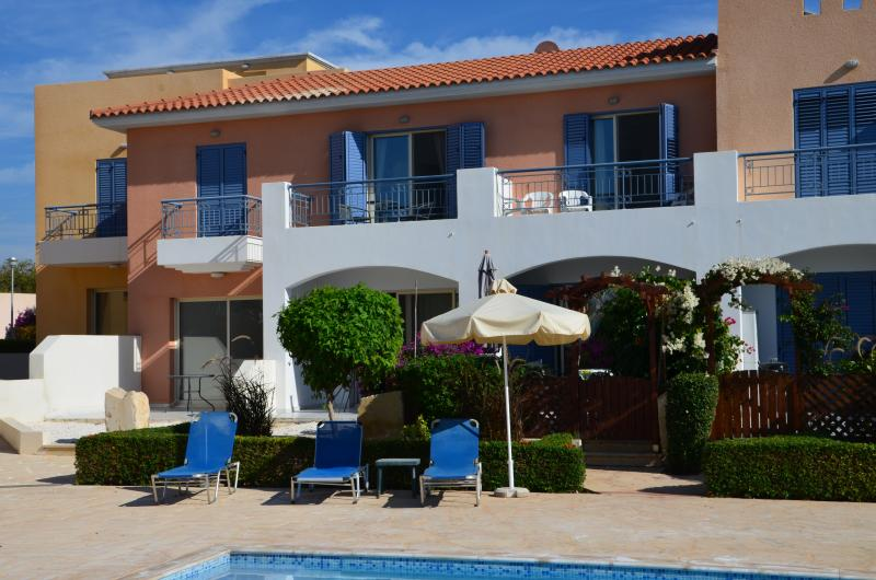The Cyprus holiday home has direct access from the private terrace to the swimming pool.
