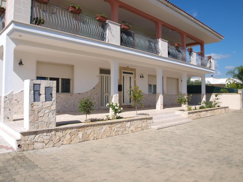 villa, location de vacances à Cenate