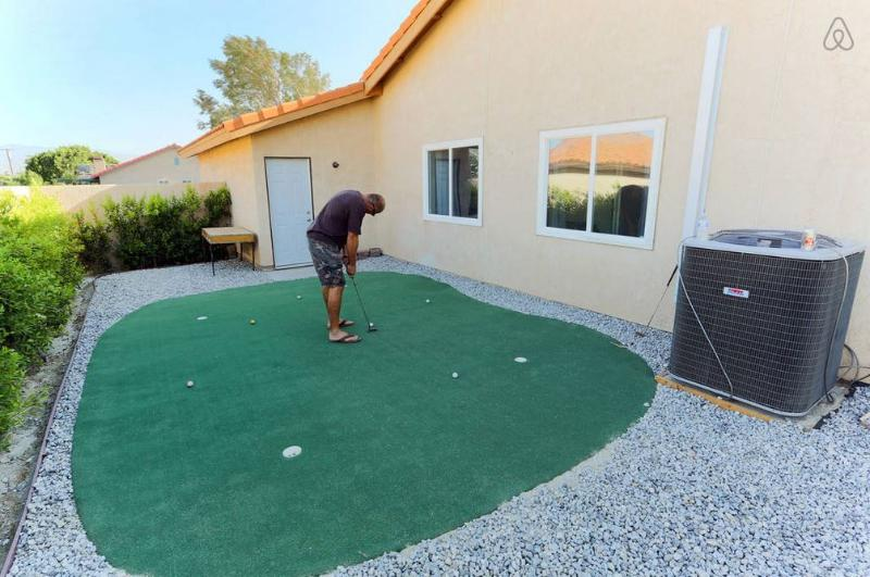 High end putting green with lots of fantastic breaks.