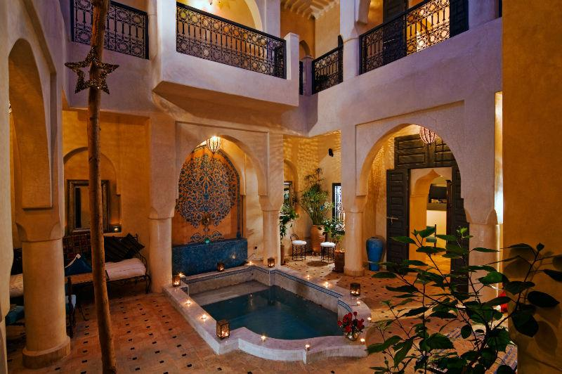 Riad Papillon pation with pool
