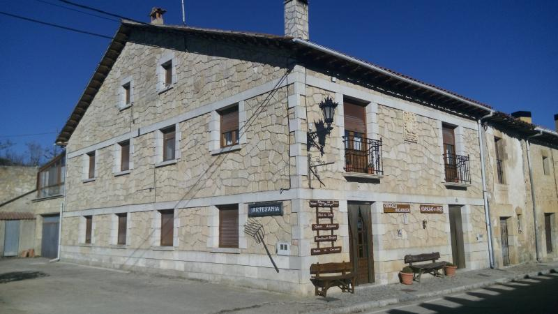 Casa Elena, holiday rental in Hontoria del Pinar