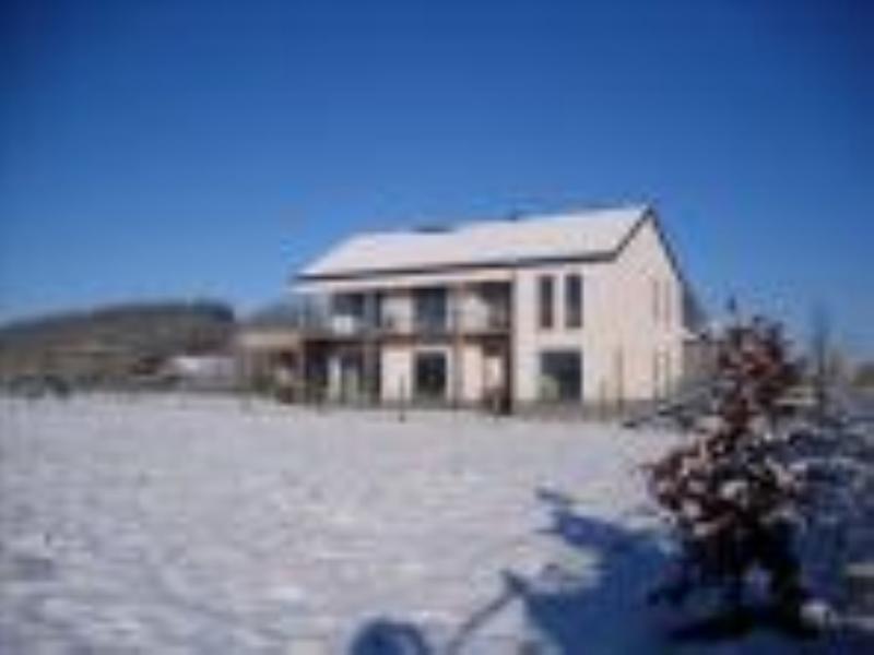 La Chabetaine chambre Aurore région de Bastogne, vacation rental in Martelange