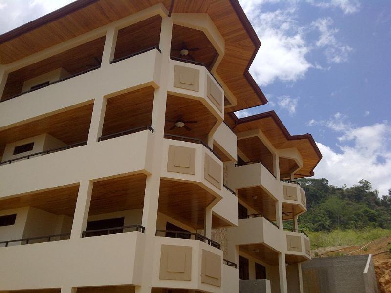 San Buenas Golf Resort Condo, alquiler de vacaciones en Ojochal