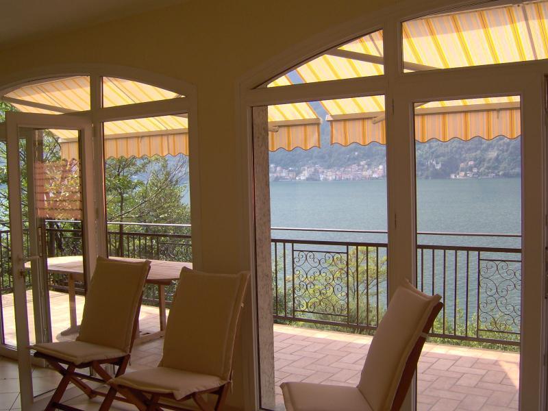 Villa has 2 floors ,5 bedrooms 3.5 bathrooms 3 balconys free WIFI,PARKING,DOCK ,LINENS
