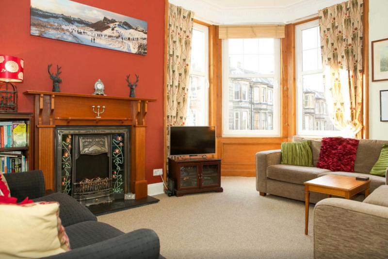 Bay window living room with TV, DVD and Netflix. Free WiFi, DVDs and classic Xbox & games