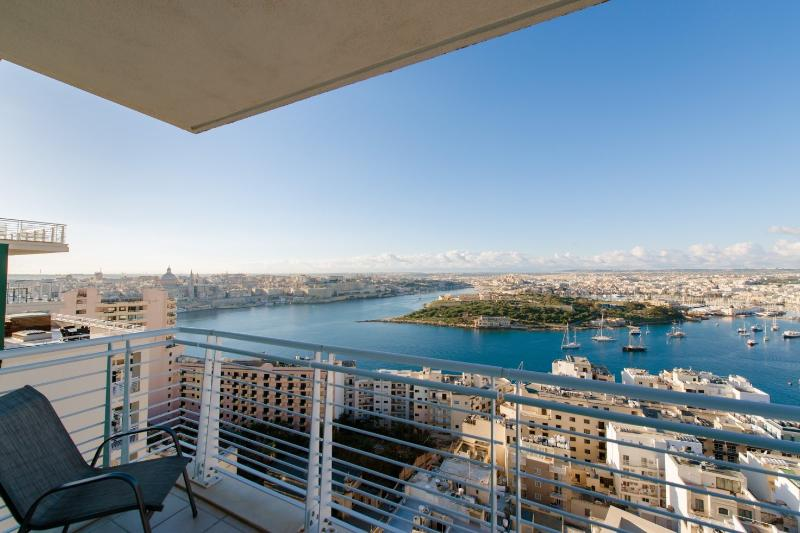 Spectacular Valletta, Manoel Island and Sliema views from terrace
