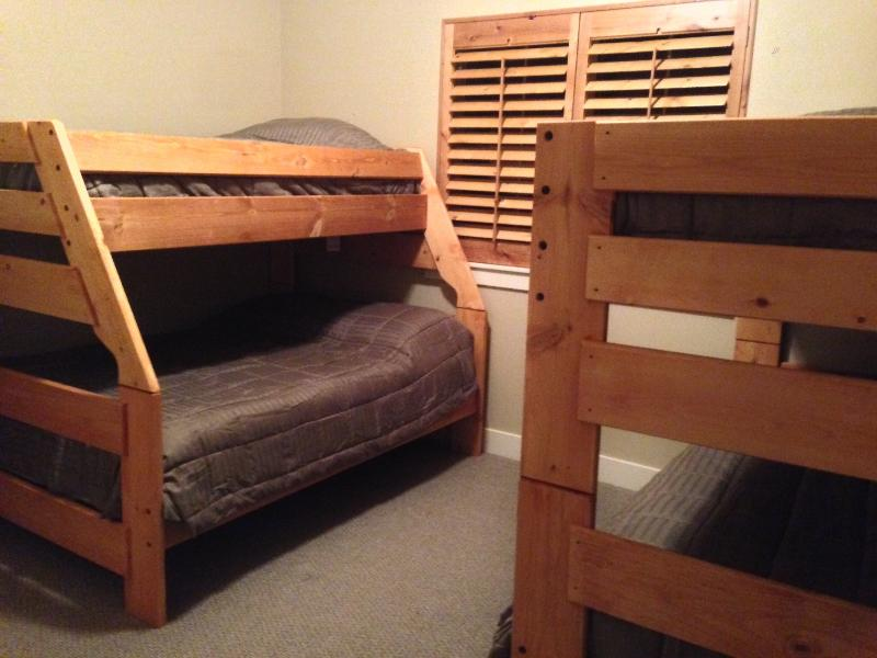 Twin over Full and Twin over twin Bunks in the third bedroom