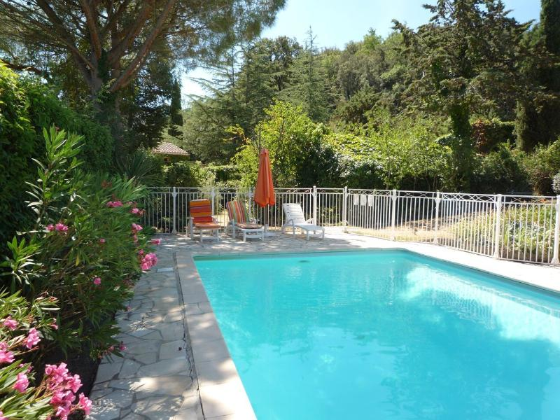 Le Grenier, vacation rental in Oms