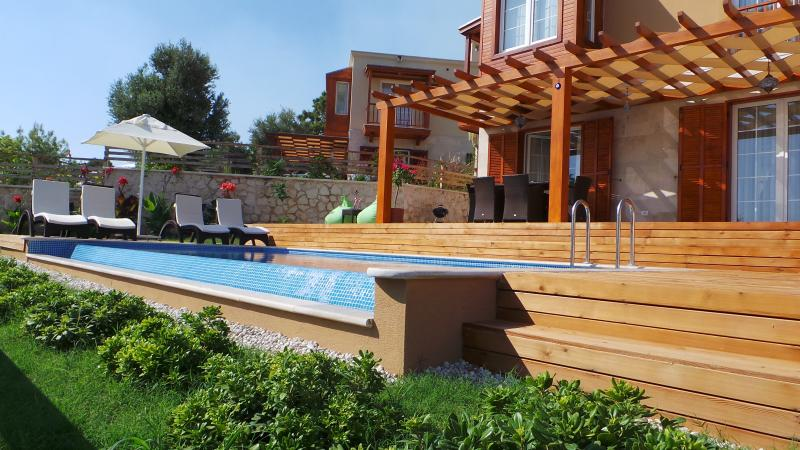 Villa Maria Decking & Private Pool