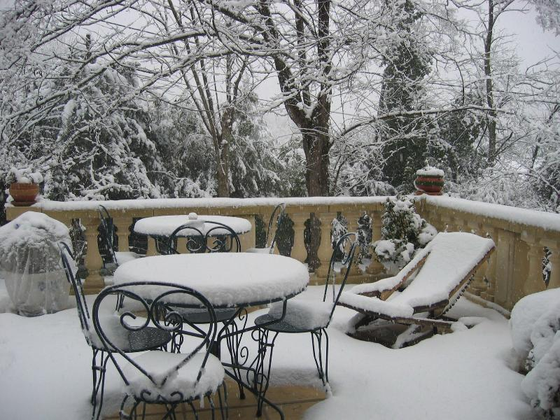 Winter snow scene on the Grande Terrasse