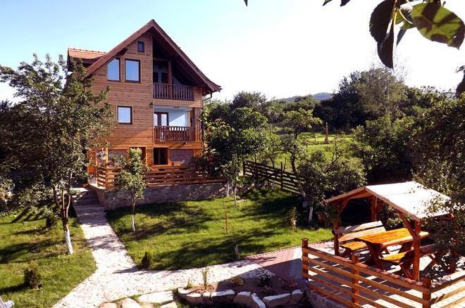 Casa Zollo, 6 + 2 slaapplaatsen (Casa Vale, Sibiu, Transsylvanië, Roemenië)