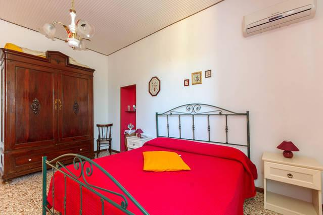 Appartamento Fior di Loto Melograno, holiday rental in Locogrande