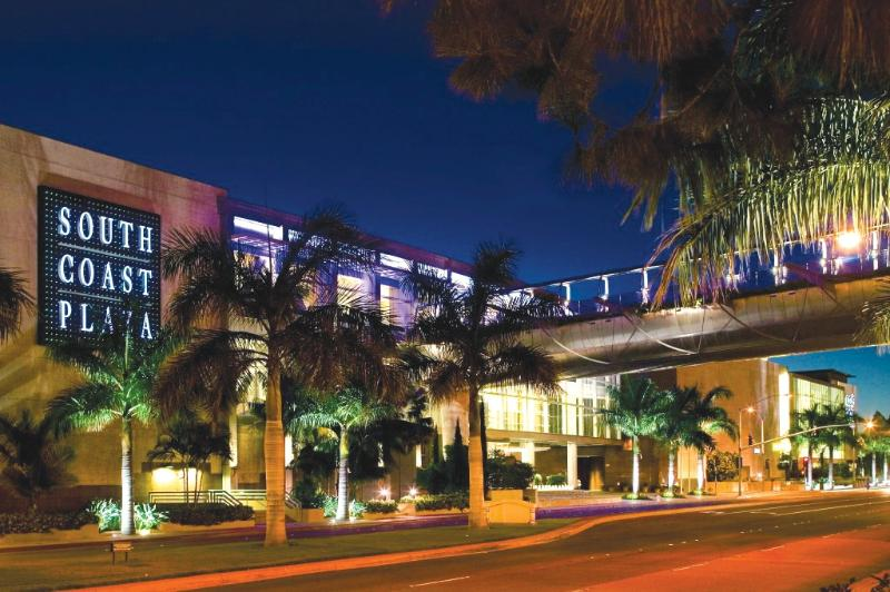 World class shopping at South Coast Plaza & Fashion Island - both 15 minutes away