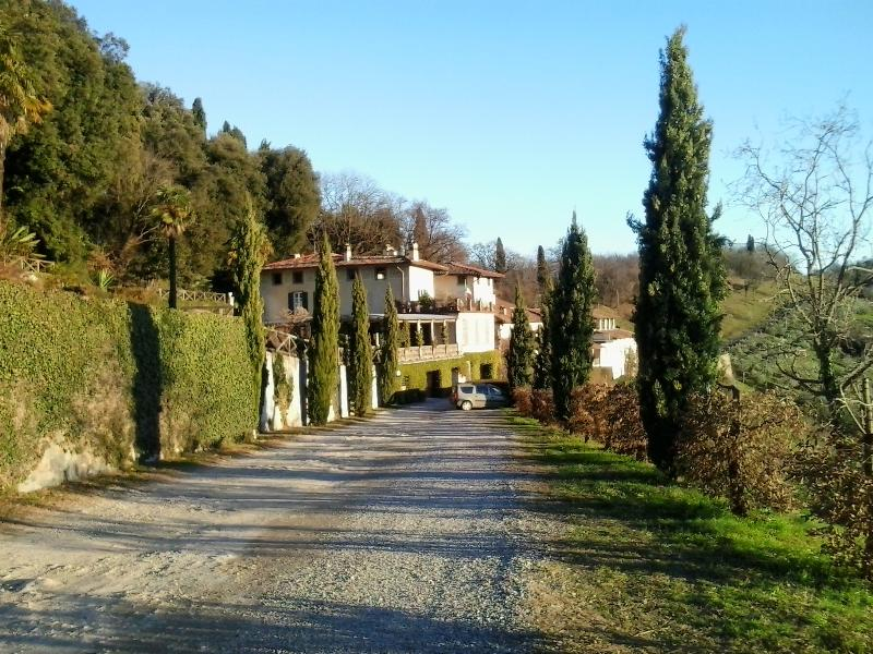 Tenuta Frizzoni, holiday rental in Zandobbio