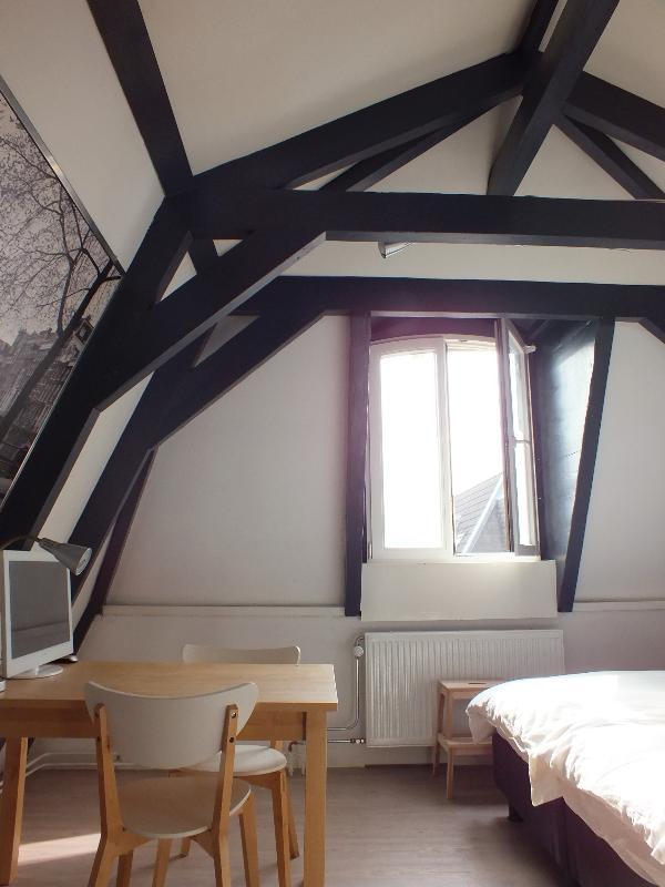 O apartamento encantador, limpo e acolhedor está equipado com todos os confortos modernos.