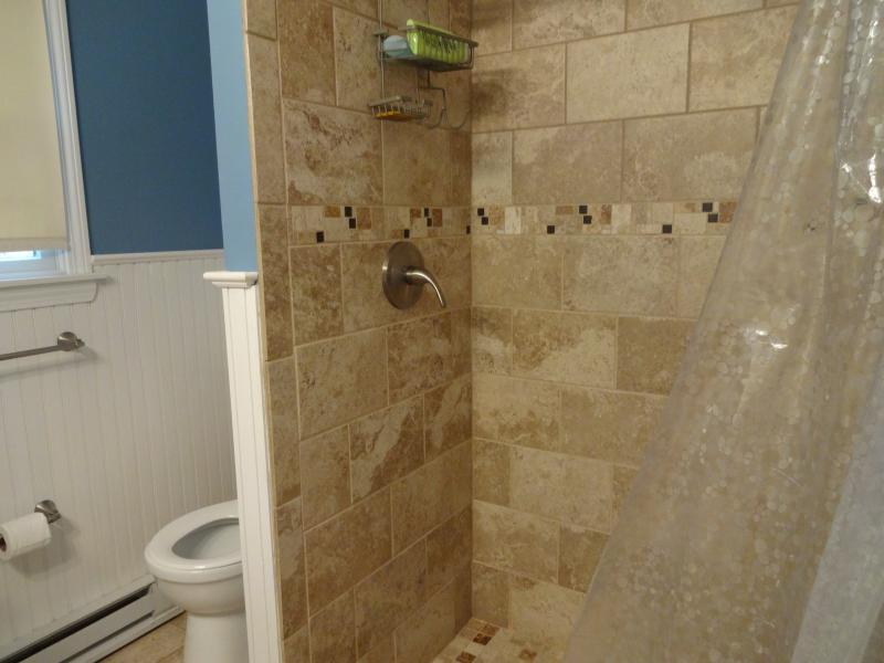 first floor bath with shower