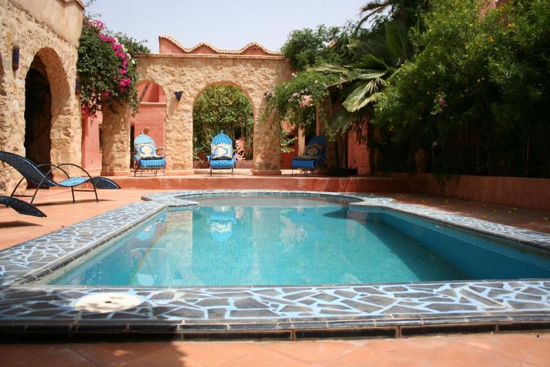 Riad Bab el Oued, vacation rental in Ait Iaaza