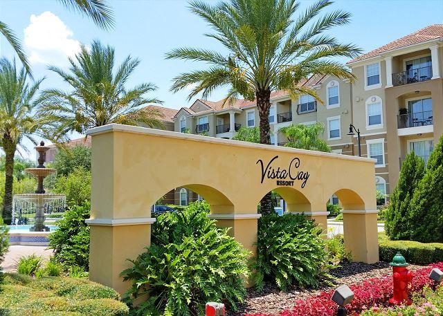 Vista Cay main entrance