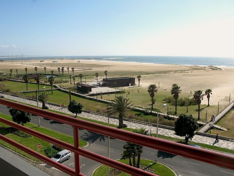 Beach front T3 apartment, location de vacances à Montemor-o-Velho