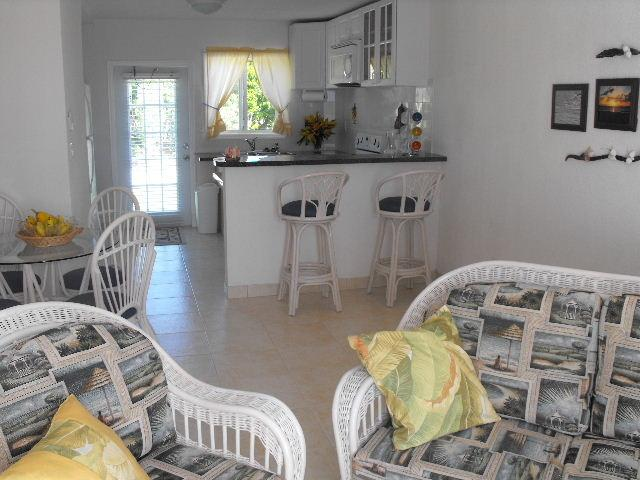 Seagull Unit, Living room, dinning & kitchen