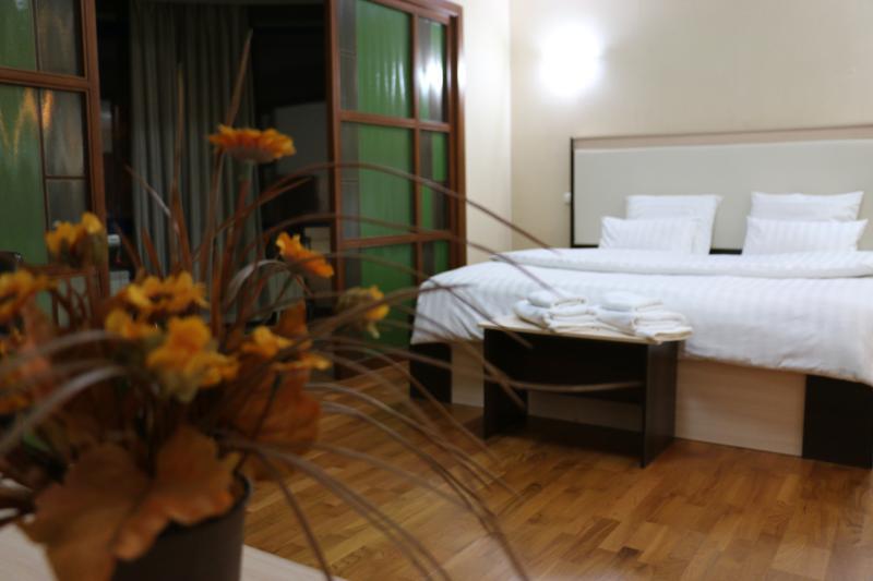 Mini Hotel Keremet, vacation rental in Almaty
