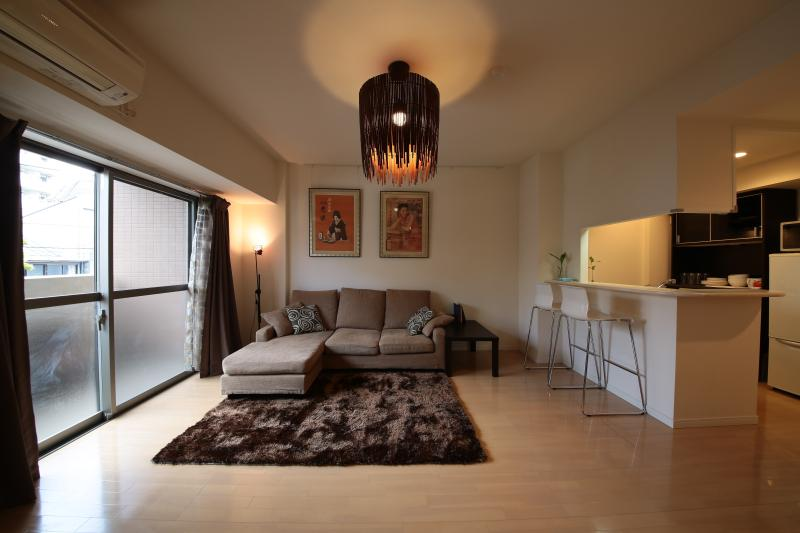Modern, spacious apartment, great for families and large groups, location de vacances à Kashiwa