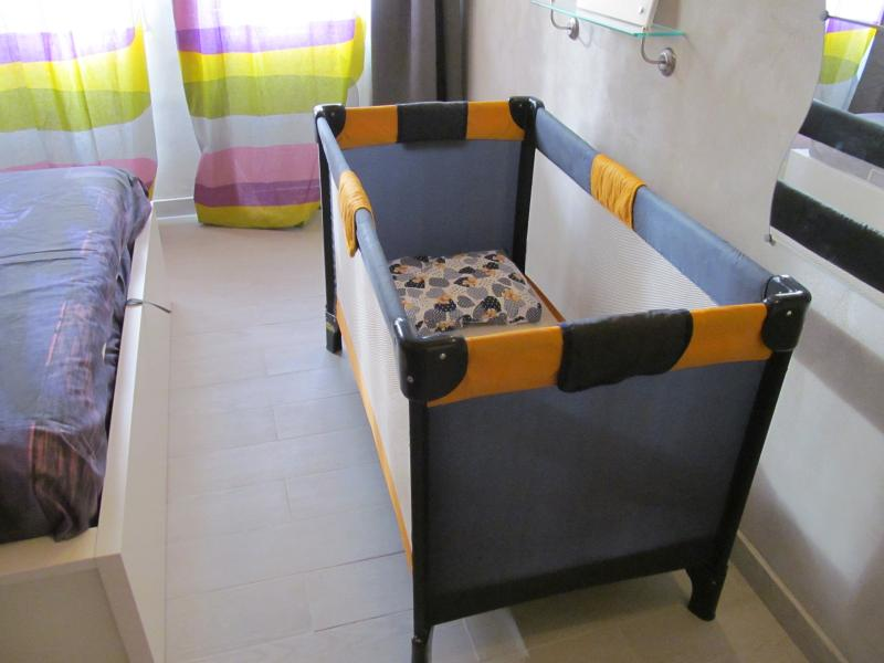 Cot for babies
