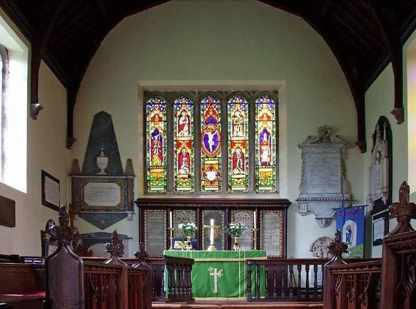 Interior York iglesia de St Oswald