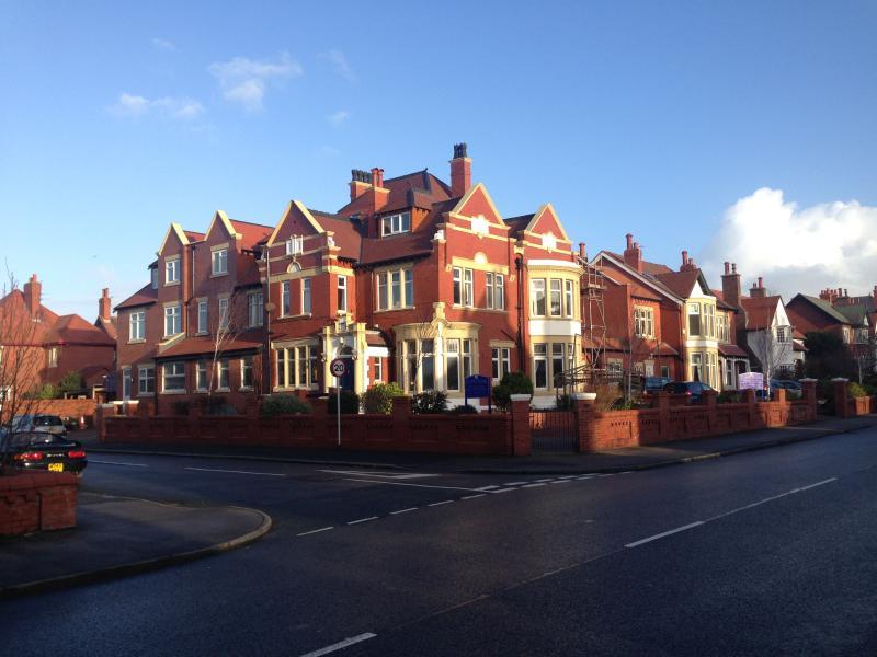 All Inclusive Respite for Senior Living  over 65's – semesterbostad i Lytham St Anne's
