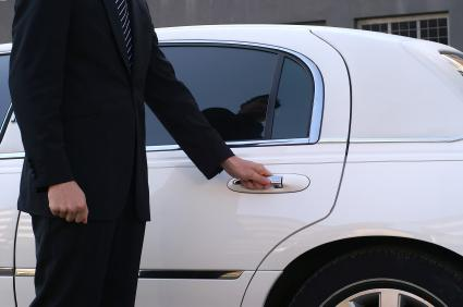 If you are in need of a private taxi from or to the airport, we can make the reservation for you