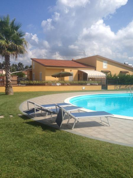 Villa con piscina, vacation rental in Scalea