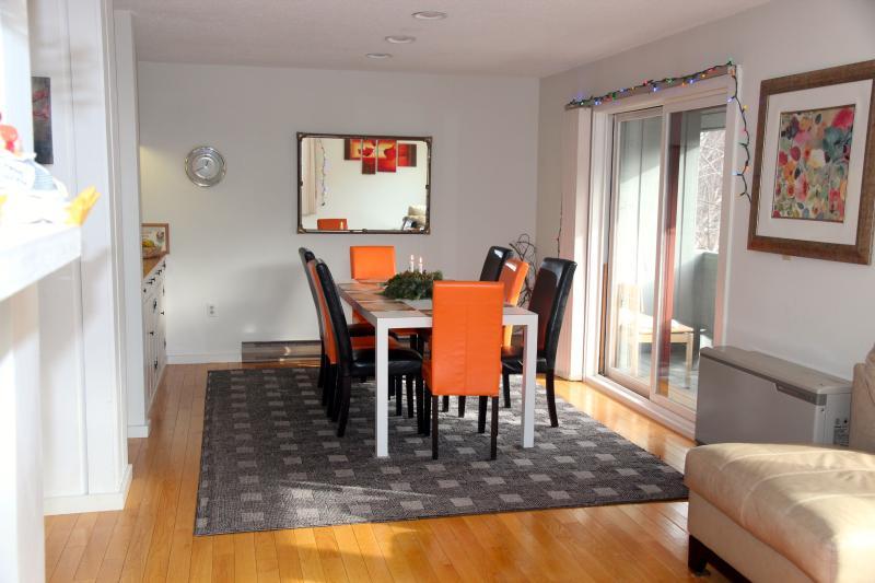Sala de jantar com capacidade para 8