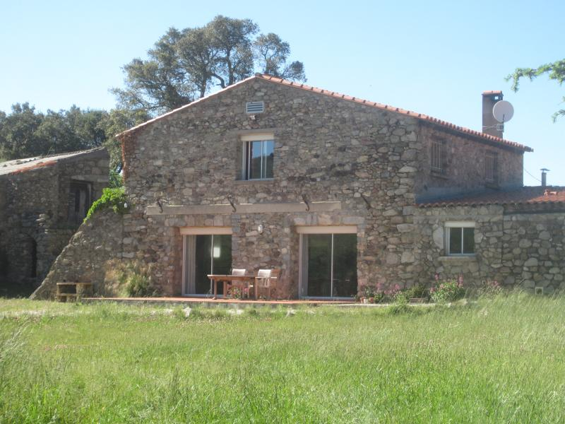 The 16th Century Barn luxuriously renovated into a light & spacious idyllic retreat