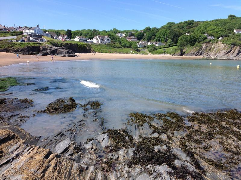 Aberporth Beach is just a 5 min drive away
