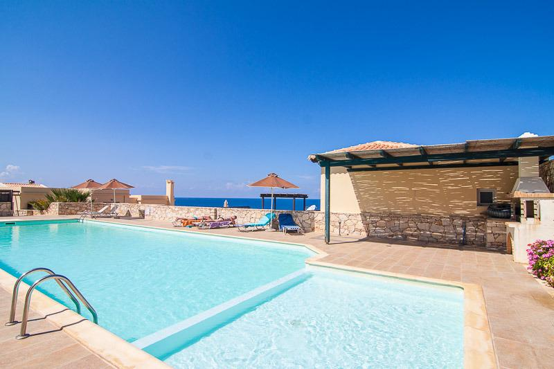 The pool has a special, shallow compartment, designed for children!