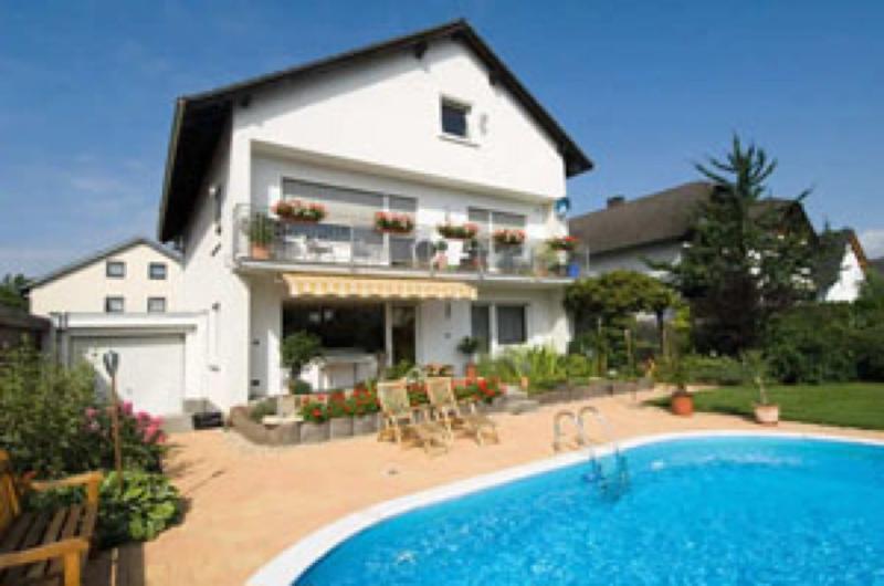 LLAG Luxury Vacation Apartment in Ingelheim am Rhein - 1076 sqft, quieter, modern (# 170) #170