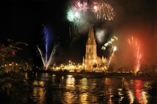 Mardi Gras/Fireworks, Ballina Salmon Festival