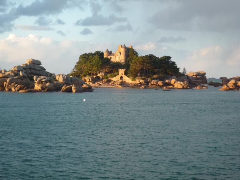 château de costaéres Ploumanach