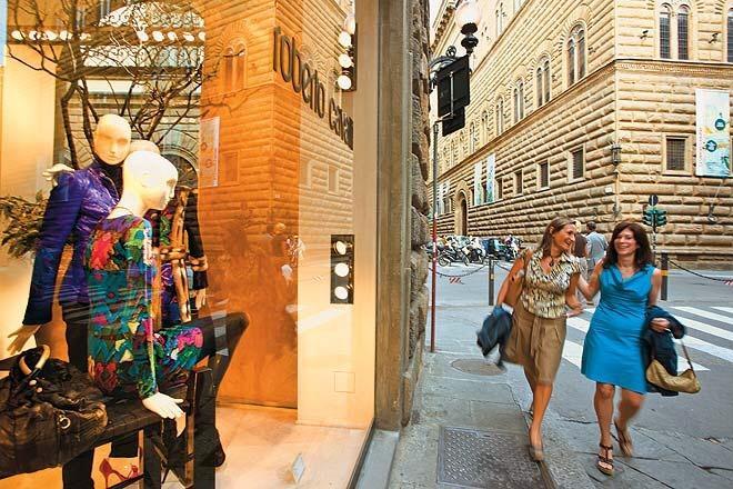 Shopping via Tornabuoni