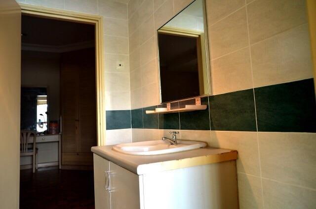 conexión de 2 habitaciones baño