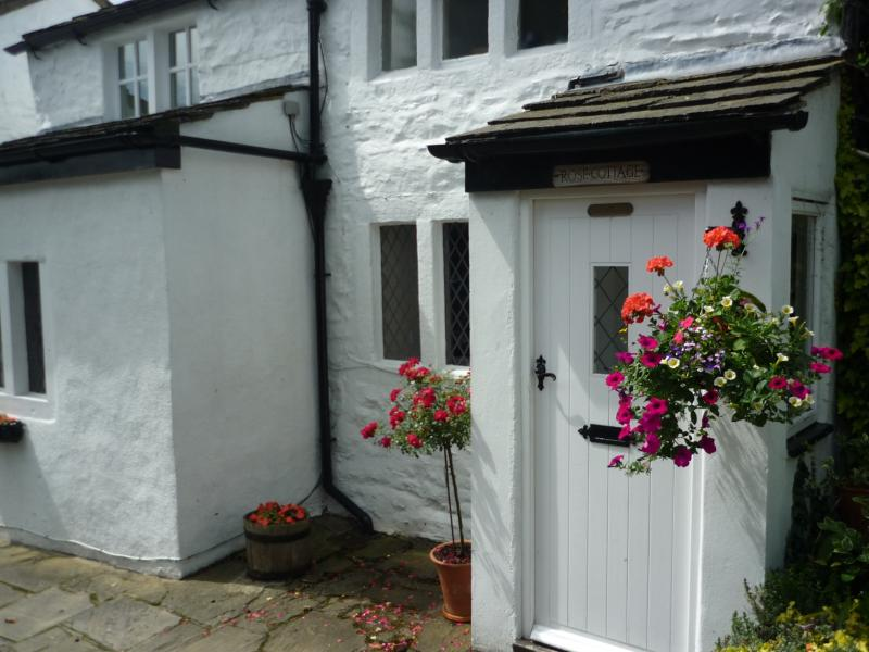 Rose Cottage, luxury cottage in a fabulous location with stunning views., holiday rental in Menston