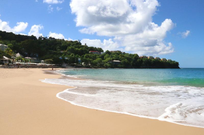 La hermosa playa de La Toc...