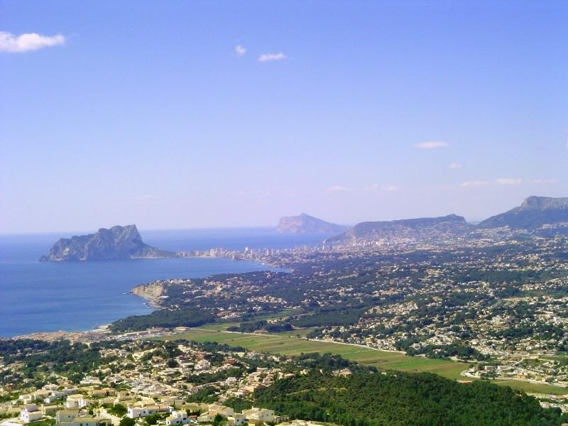 Moraira - spectacular coastal scenery, looking south towards Calpe and beyond