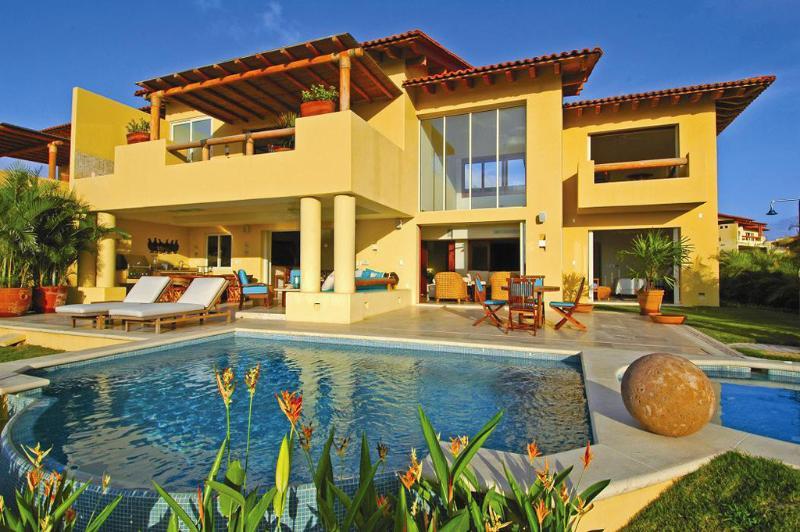 Amazing Villa in Las Palmas - Punta Mita, alquiler de vacaciones en Punta de Mita
