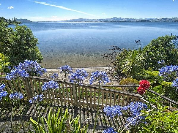 Piece of Paradise - Lake Rotorua Holiday Home - Views to the Water from Main House