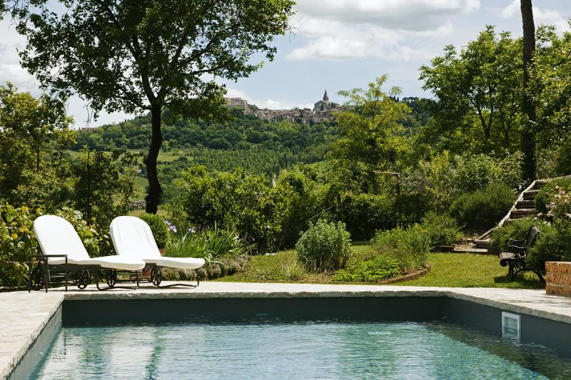 Todi from the swimming pool
