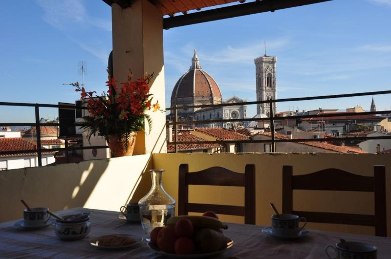 VENERE - Amazing Terrace With Duomo's View, vacation rental in Florence