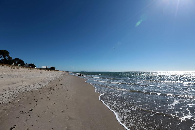 Beach - Looking West