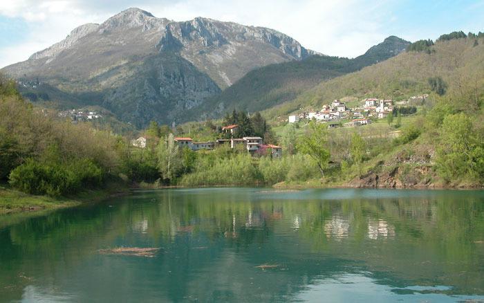 Der See Villa Collemandina